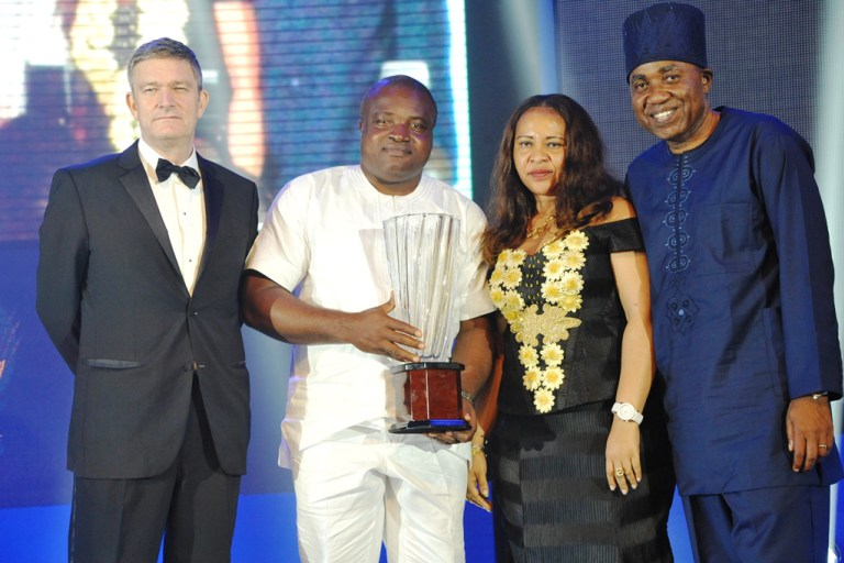 L-R: Mr. Nicolaas Velvede, Managing Director Nigerian Breweries; Mr. Ken Maduakor, Nigerian Breweries; NB Plc Distributor of the Year; wife of the winner, Mrs. Maduakor and Mr. Hubert Eze, Sales Director, Nigerian Breweries at the Distributors Award Night in Lagos on Friday