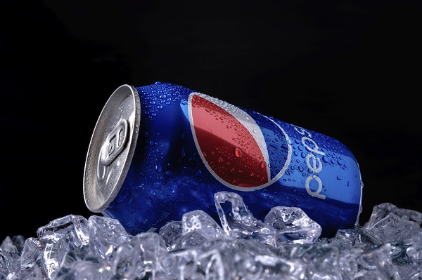 Pepsi_cola_can