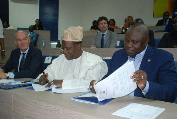 L-R Mr. Henk Wymenga , Technical Director, Nigerian Breweries Plc ; Chief Kola Jamodu, Chairman of the Board, Nigerian Breweries Plc and Governor Akinwunmi Ambode at the signing of the Memorandum of Understanding (MoU) between the Lagos State Government and Nigerian Breweries Plc on the 'One Lagos' Fiesta in Lagos on Tuesday