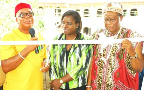 L-R: Amb. Fidel Ayogu, Commissioner for Environment and Mineral Resources, Enugu State; Mrs. Folasade Morgan, Director, Legal, Public Affairs and Communications, Nigerian Bottling Company Ltd (NBC) and His Royal Highness, Igwe Tom Inyiama, Traditional Ruler of Ogwofia Owa
